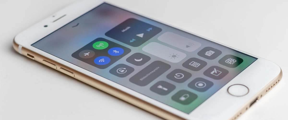 Forza refurbished iPhone 8