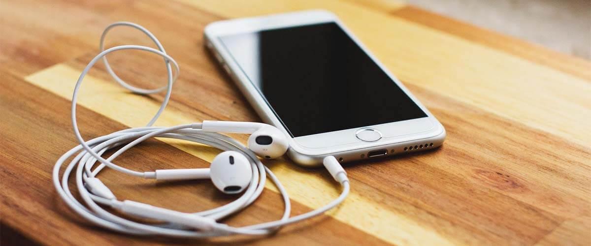 koptelefoon direct aansluiten op iPhone 6S